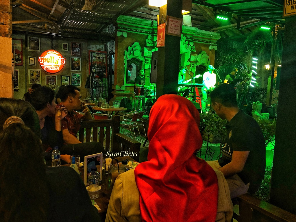 Jakarta was the first place where I saw HIjabi women in bars!