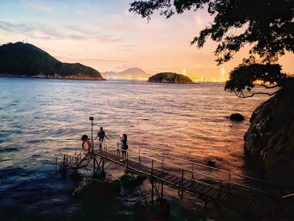 Sai Wan Swimming Shed at the sunset
